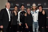 Thomas Rhett And FGL Claim Trophies At ACMs In Vegas