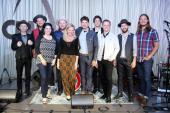 Old Crow Medicine Show Celebrates 'Blonde On Blonde' With CMA