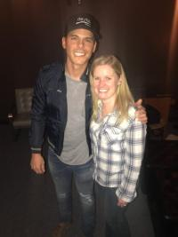 Granger Smith Hangs Out In Chicago