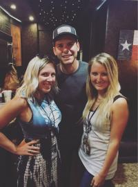 Granger Smith Hangs With Friends At WQMX/Akron