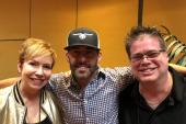 Aaron Watson Hangs With 'Nancy & Newman'