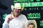 Mason Ramsey Hangs At WIVK/Knoxville