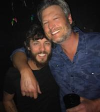 Blake Shelton And Chris Janson Kick It In Vegas