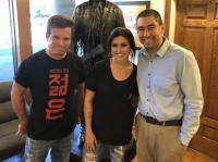 Jessica Meuse Visits KUZZ/Bakersfield