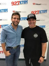 Carlton Anderson 'Drops Everything' To Hang With KTOM/Monterey-Salinas-Santa Cruz