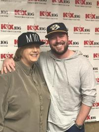 Mitchell Tenpenny Embarks On Radio Tour