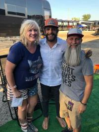 Thomas Rhett Poses With WHKO/Dayton, OH
