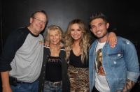 Carly Pearce Turns 29 In San Jose