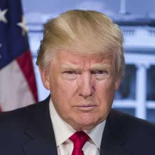 DonaldTrumpofficialportrait2018.jpg